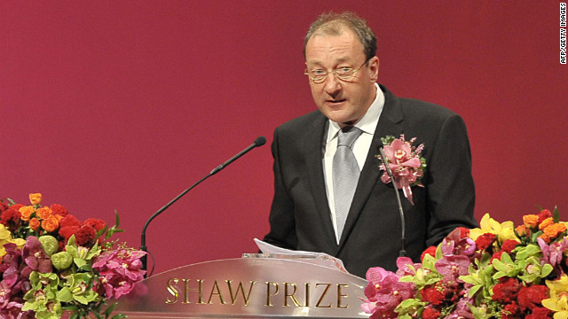 In this file picture taken on September 9, 2008, British scientist Keith Campbell speaks at the Shaw Prize award presentation ceremony in Hong Kong.