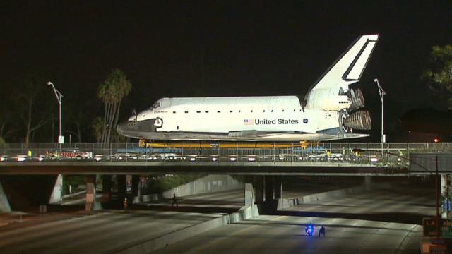 Shuttle Endeavour wheeled through L.A.