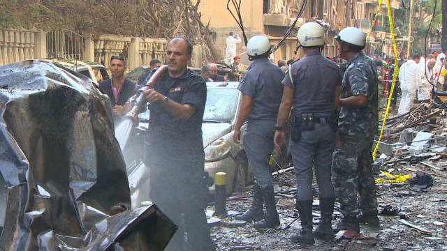Raw video: Beirut bomb blast aftermath