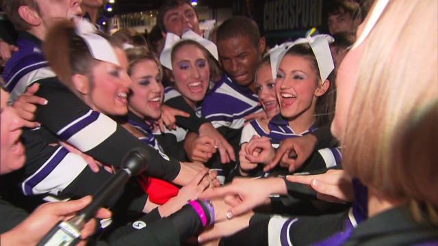 Cheerleader injury: Treat like athletes