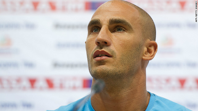 Napoli defender Paolo Cannavaro has been accused of failing to report an approach made to him about match-fixing