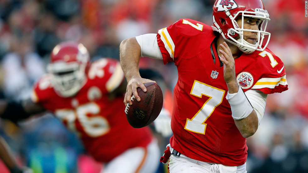Kansas City quarterback Matt Cassel scrambles during Sunday's game.