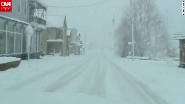 Sandy dumps snow in West Virginia