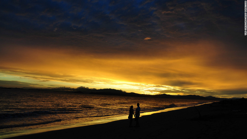 Let the sun go down in Costa Rica without any political back and forth.