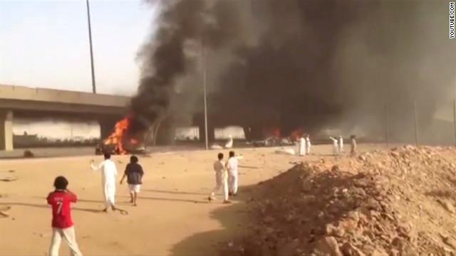 Saudi tanker blast kill dozens