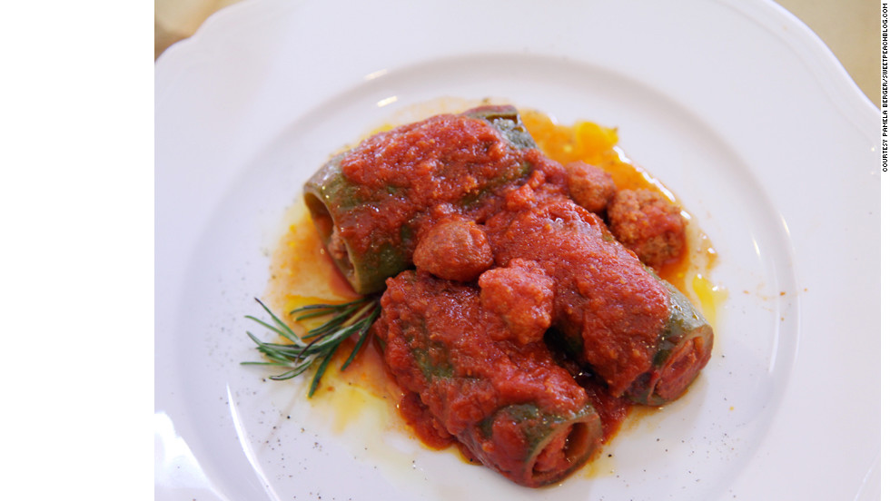 Zucchini stuffed with meatballs at All'Osteria Bottega may remind you of your Italian relatives' cooking.
