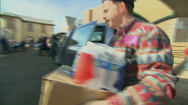 Volunteers help victims of Sandy