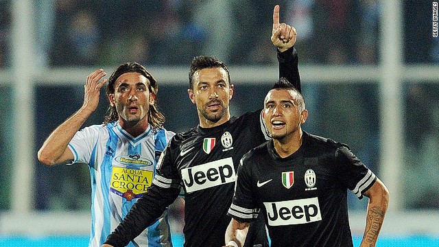 Fabio Quagliarella, center, celebrates after scoring Juventus' fifth goal in Saturday's 6-1 thrashing of Pescara.