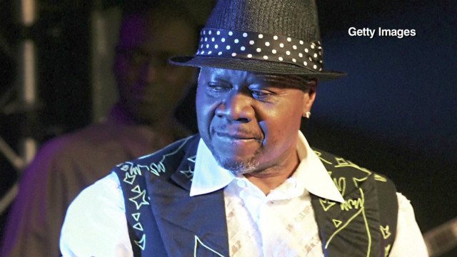 inside africa congolese musicians b_00041919