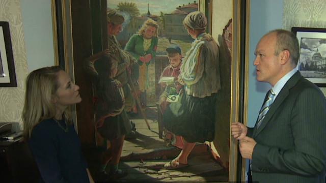 Billionaire promotes Soviet-era art