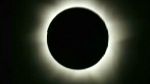 Watch Australian solar eclipse