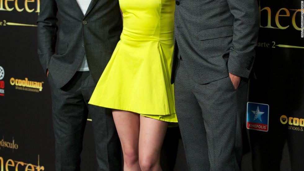 """Taylor Lautner, Kristen Stewart and Robert Pattinson attend the """"Breaking Dawn - Part 2"""" premiere in Madrid, Spain."""