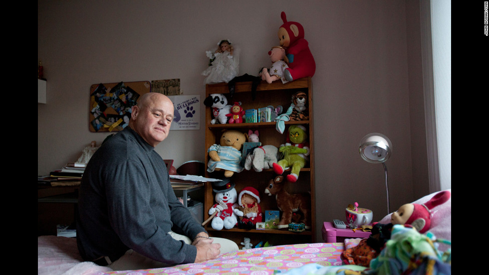 """The family has left Mariah's bedroom untouched. """"I took some pictures and immediately felt like I was intruding on a private moment,"""" photographer John Nowak said. """"I think Leo noticed, and he reassured me that her story needed to get out, and by taking these pictures we were making that happen."""""""