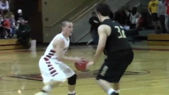 Grinnell's Jack Taylor scores 138 points in a game.