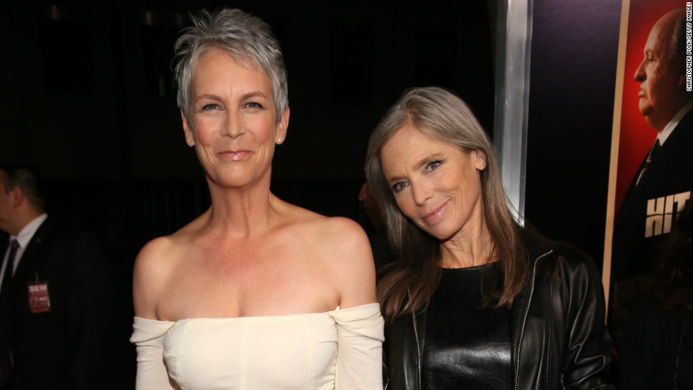"Jamie Lee Curtis and her sister Kelly Lee Curtis walk the red carpet of the ""Hitchcock"" premiere in Beverly Hills on November 20."