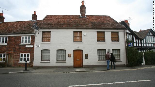 Heston Blumenthal's Fat Duck restaurant, in Bray, England, has garnered three Michelin stars.