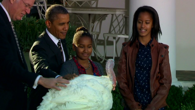 Obama gives turkeys second chance