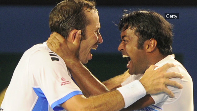 open court tennis cash paes stepanek_00002201