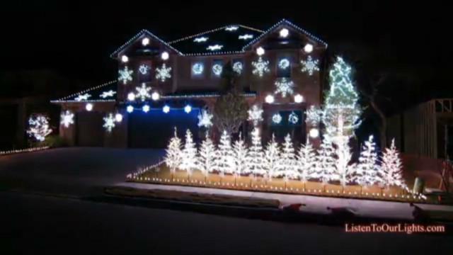 Christmas lights go 'Gangnam Style'