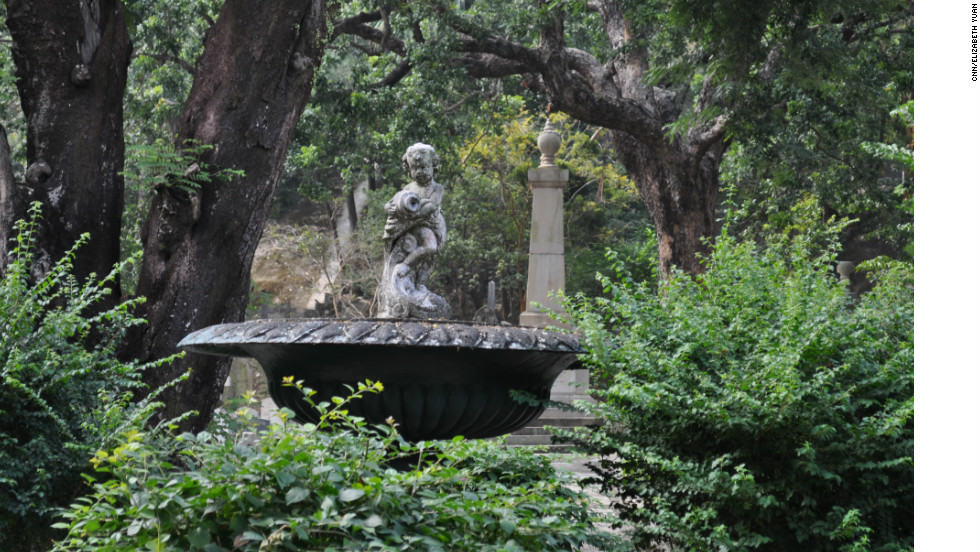 The fountain is the oldest classical one in Hong Kong, according to Patricia Lim. Fellow author Ken Nicolson says he hopes the fountain will be restored to working order since water is an important Christian symbol.