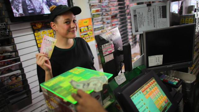 Powerball frenzy as jackpot hits $550M