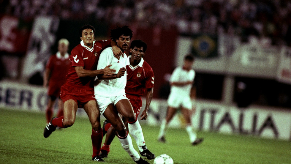Before the 1990 final against AC Milan in Vienna, Eusebio prayed for forgiveness at Guttmann's grave but it did little good as Benfica lost 1-0. That was Benfica's last European Cup final appearance.