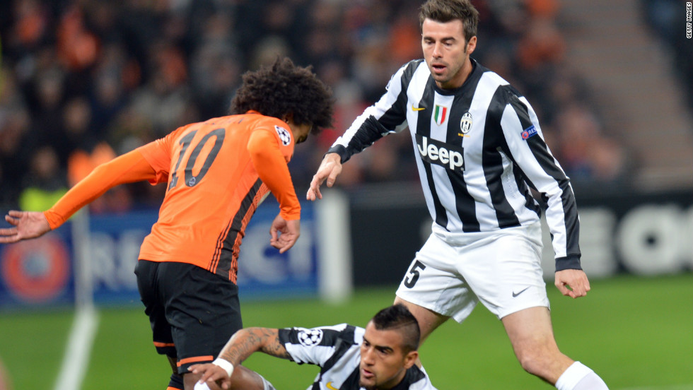 Juventus secured its place in the next round with a 1-0 win in Ukraine courtesy of Olexander Kucher's 56th minute own goal. The victory also enabled the Italian club to snatch top spot from Shakhtar with the Donetsk side finishing second.