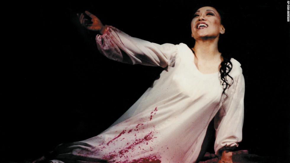 """Sumi Jo in 1999 as Lucia in Donezetti's """"Lucia di Lammermoor."""""""