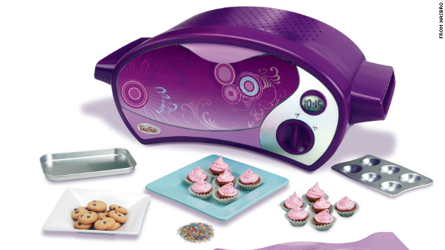 Toys For Teenage : Teen says pink toy ovens discourage boys from kitchen play