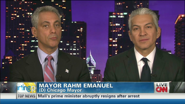 Mayor Emanuel talks Hispanic outreach