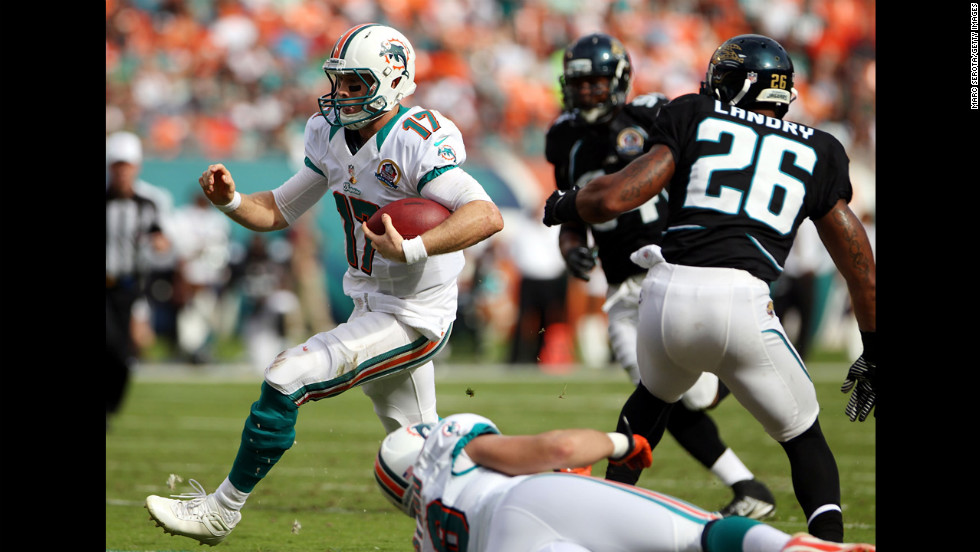 A former part-time receiver in college at Texas A&M, Tannehill (#17) is one of the speediest quarterbacks in the league. He's started every game since turning pro four years ago, but has yet to lead the Miami Dolphins into the playoffs. In a 44-26 win against Houston in 2015, Tannehill became the 64th quarterback in NFL history to record a perfect passer rating, throwing 4 TDs, with 18 completions in 19 attempts.