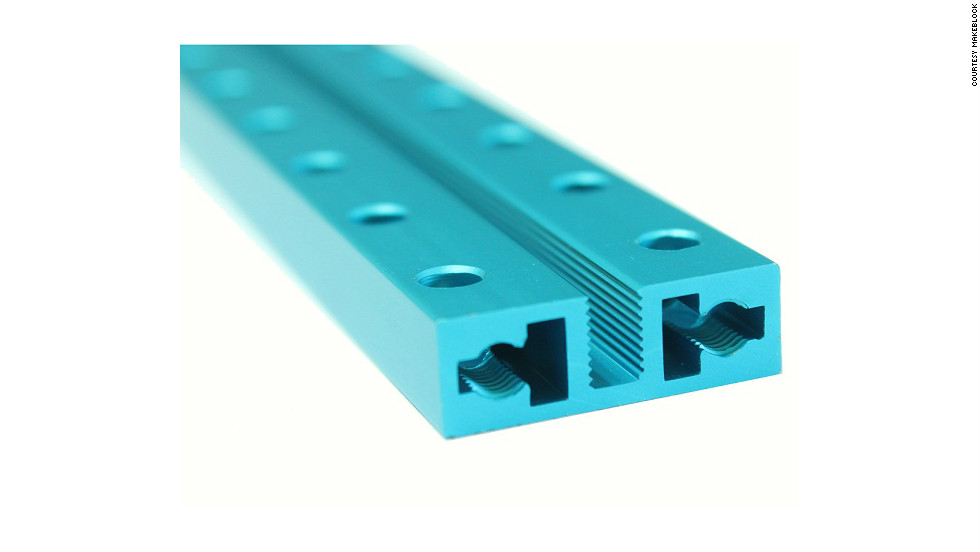 The threaded slot design means you don't need nuts to connect Makeblock modules, and the hole spacing corresponds to that of Lego bricks, making the two compatible.