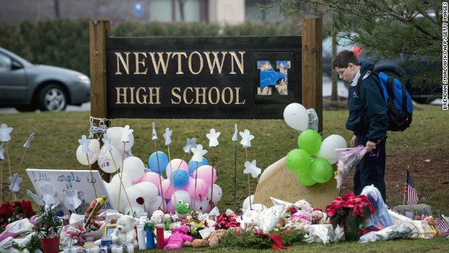 Newtown reacts to no assault weapons ban