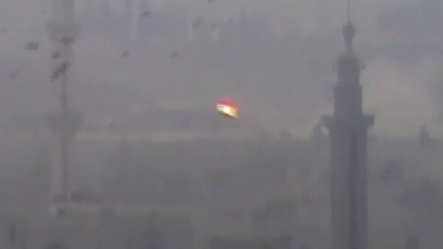 'Devastating' attacks on Damascus camp