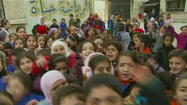 Damascus school teaches displaced kids
