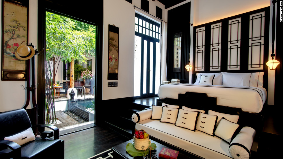 Surrounded by temples and palaces, the Siam is the only hotel in Bangkok's Dusit district.