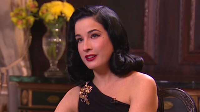 talk asia dita von teease burlesque_00010401