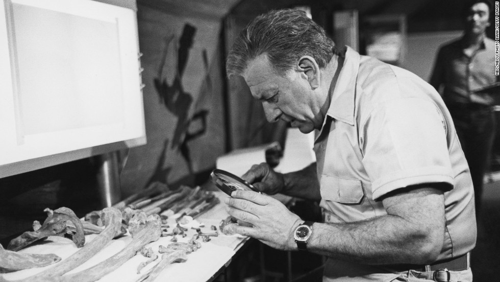 Klugman examines bones as Dr. R. Quincy, M.E.