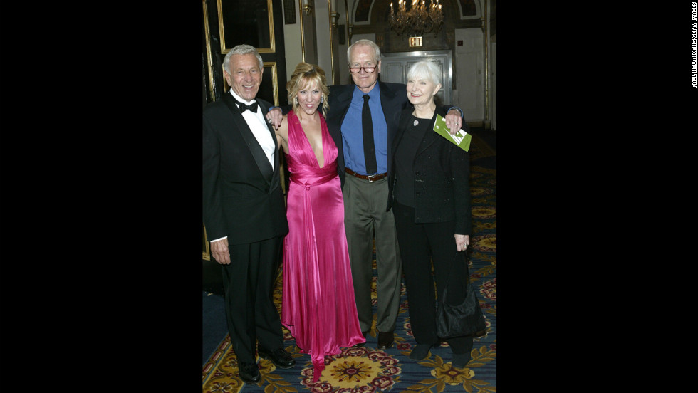 "Klugman, Heather Randall, Paul Newman and Newman's wife, Joanne Woodward, attend the National Actors Theater Benefit ""A Broadway Frolic 2004"" at The Plaza Hotel on April 19, 2004, in New York."