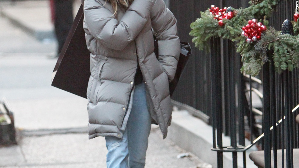 Sarah Jessica Parker goes shopping in New York City.