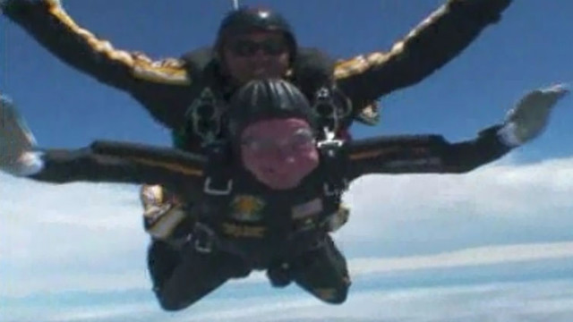 2009: Bush skydives for 85th birthday