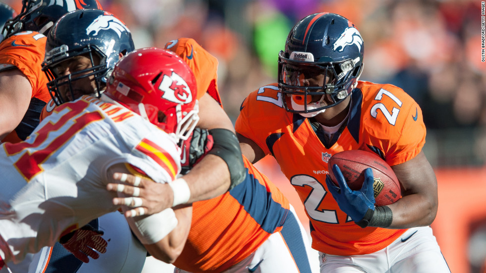 Knowshon Moreno of the Denver Broncos rushes for a touchdown against the Kansas City Chiefs on Sunday.