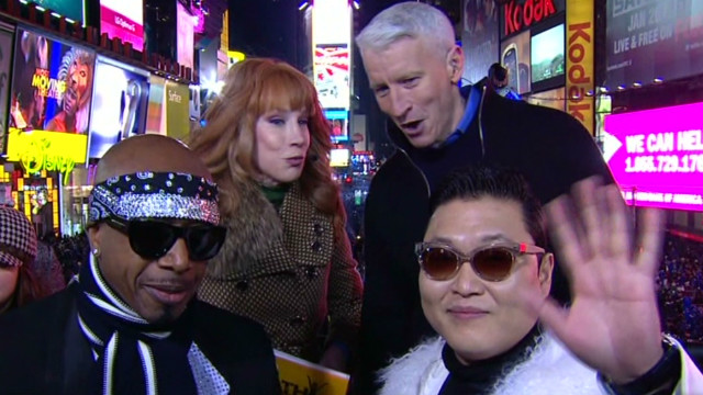 ac cnn nye psy visits anderson and kathy_00002924