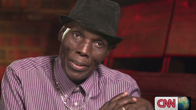 Oliver Mtukudzi: Healing through music
