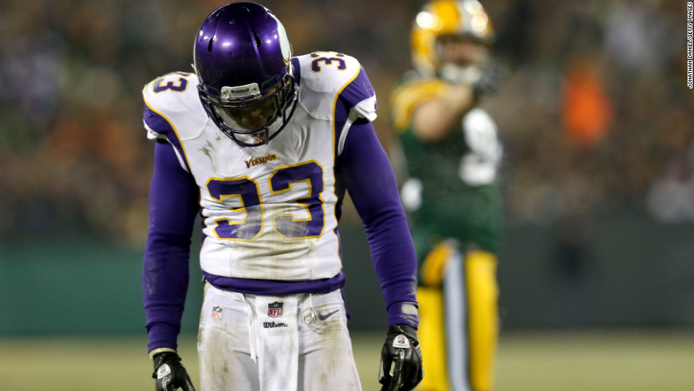 Jamarca Sanford of the Minnesota Vikings reacts to a play in the third quarter.