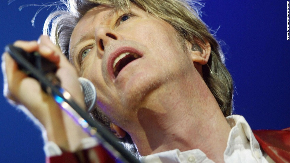 Bowie performs at Zenith in Paris in September 2002.