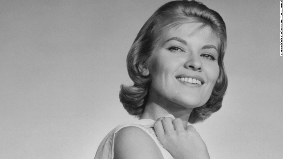 "Pop-country singer <a href=""http://www.cnn.com/2013/01/02/showbiz/celebrity-news-gossip/patti-page-obit/"" target=""_blank"">Patti Page</a> died on January 1 in Encinitas, California. She was 85. Born Clara Ann Fowler, Page was the best-selling female artist of the 1950s and had 19 gold and 14 platinum singles."
