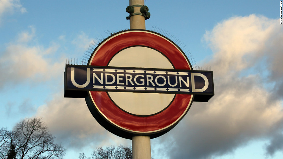 The Underground roundel first appeared in 1908, but the design was reworked in 1917 to incorporate Edward Johnston's distinctive typeface.