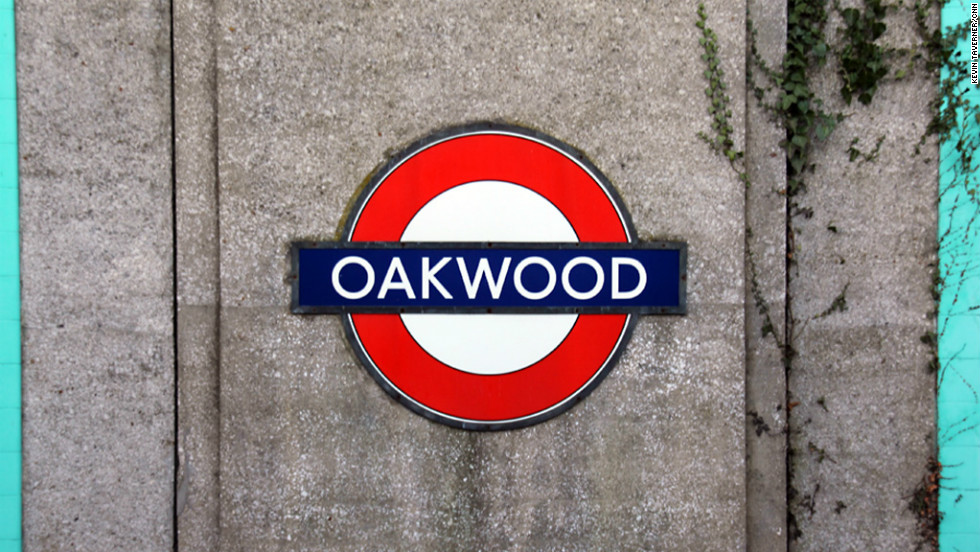 London Underground manages 10 per cent of the city's green spaces. Wildlife such as woodpeckers, deer, sparrowhawks and bats can be spotted along the network.