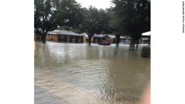 Hundreds of people in Louisiana have been evacuated as widespread flooding threatens lives and homes in the state.